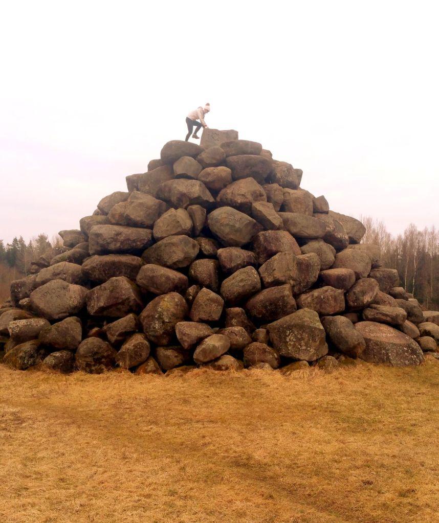 valpenes piramīda