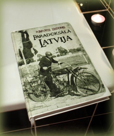 imants ziedonis paradoksālā latvija